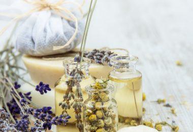 Chamomile & Lavender Bath Tea Recipe | @SaffireBlue