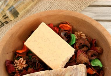 Warm Cider Soap Crockpot Soap Recipe | @SaffireBlueInc